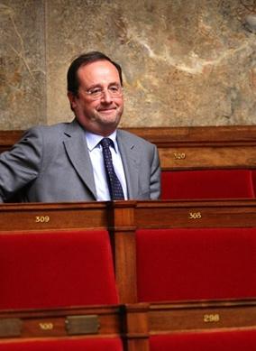 Hollande_seul